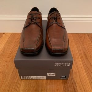 Never Worn Kenneth Cole Reaction Shoes